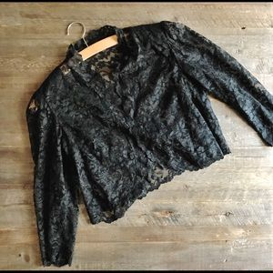 Vintage Crop Black Lace Shrug Size S!